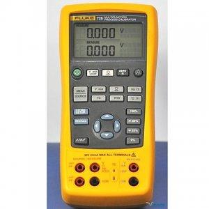 calibrateur-de-temperature-fluke-724